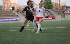 Girls Soccer Wins State Quarter-Final Game