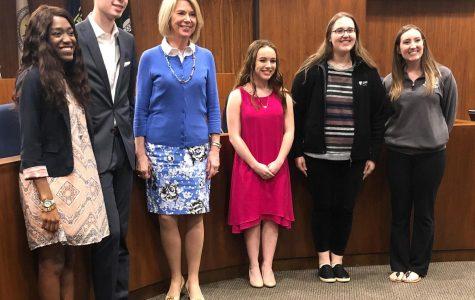 Elkhorn Students Give Presentation to Mayor