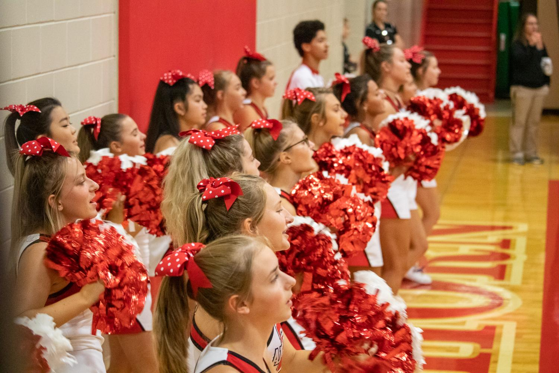 Antler+cheerleaders+cheering+the+girls+on%2C++getting+the+crowd+rowdy.