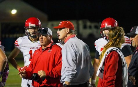 Coach Wortman on the sideline gameplanning with his assistants. Coach Wortman and the Antlers did much better offensively this week compared to previous weeks. Unfortunately, they were unable to capitalize when a touchdown seemed certain.